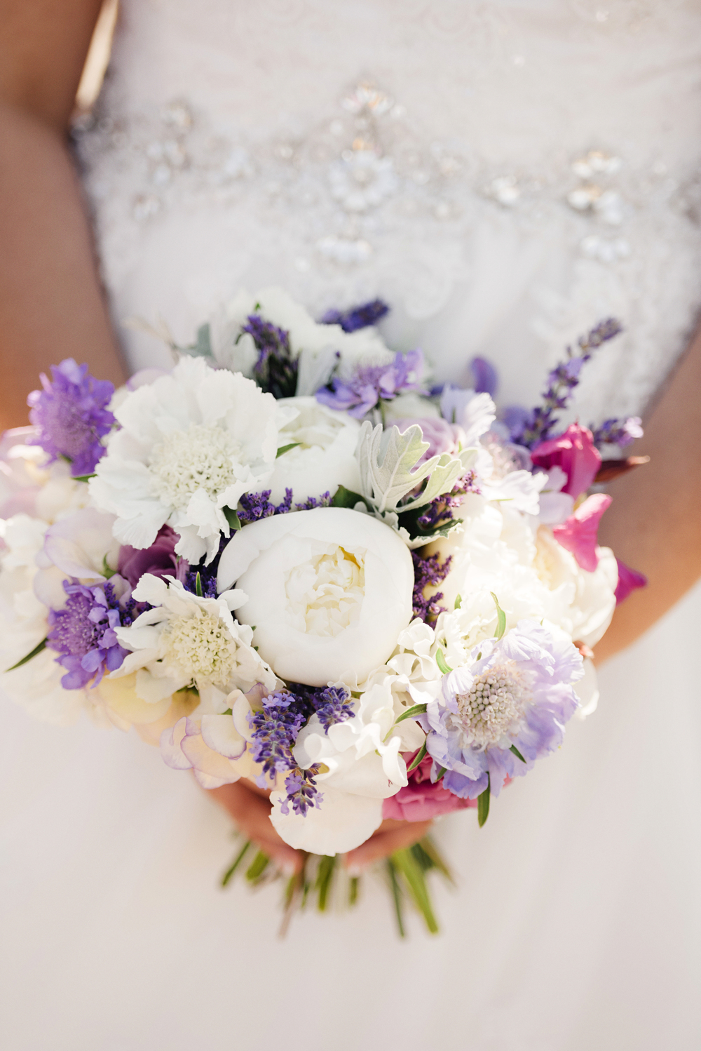 Purple and White Romantic Wedding Bouquet | Joe and Patience Photography | Filipino Wedding Planner | Seattle Wedding Planner | Ballard Bay Club Wedding