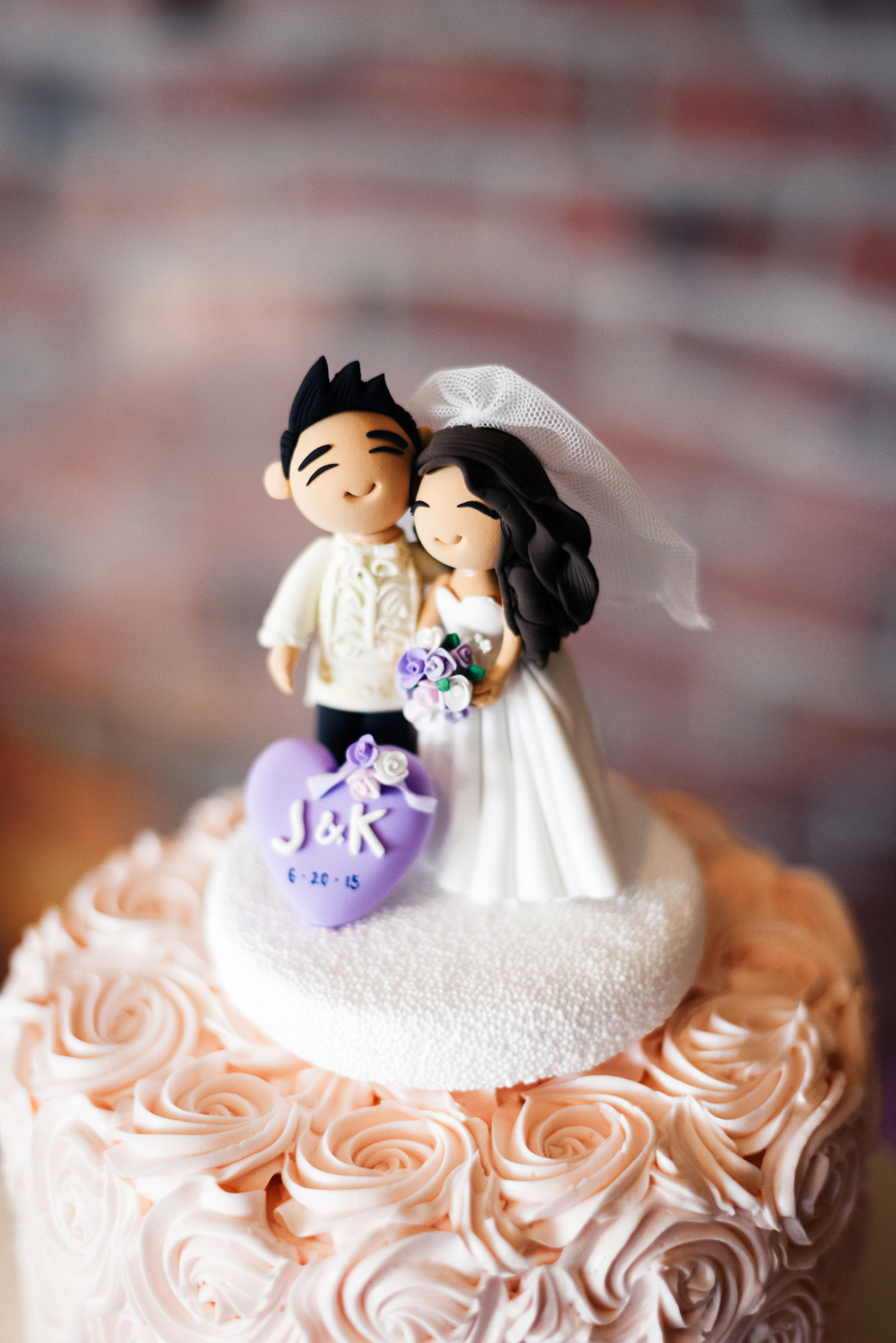Handmade Cake Topper | Joe and Patience Photography | Filipino Wedding Planner | Seattle Wedding Planner | Ballard Bay Club Wedding