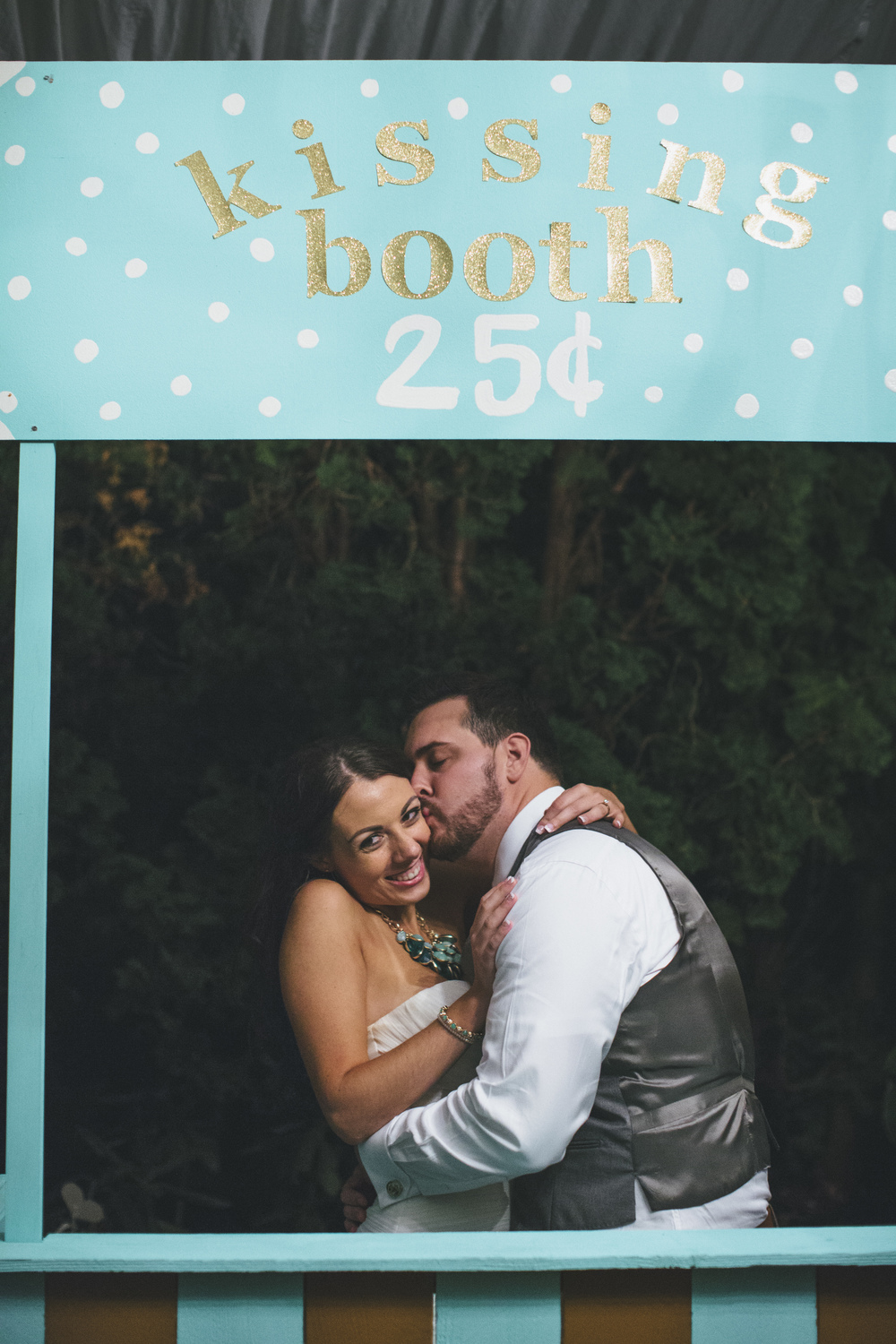 Teal Wedding Kissing Booth Idea