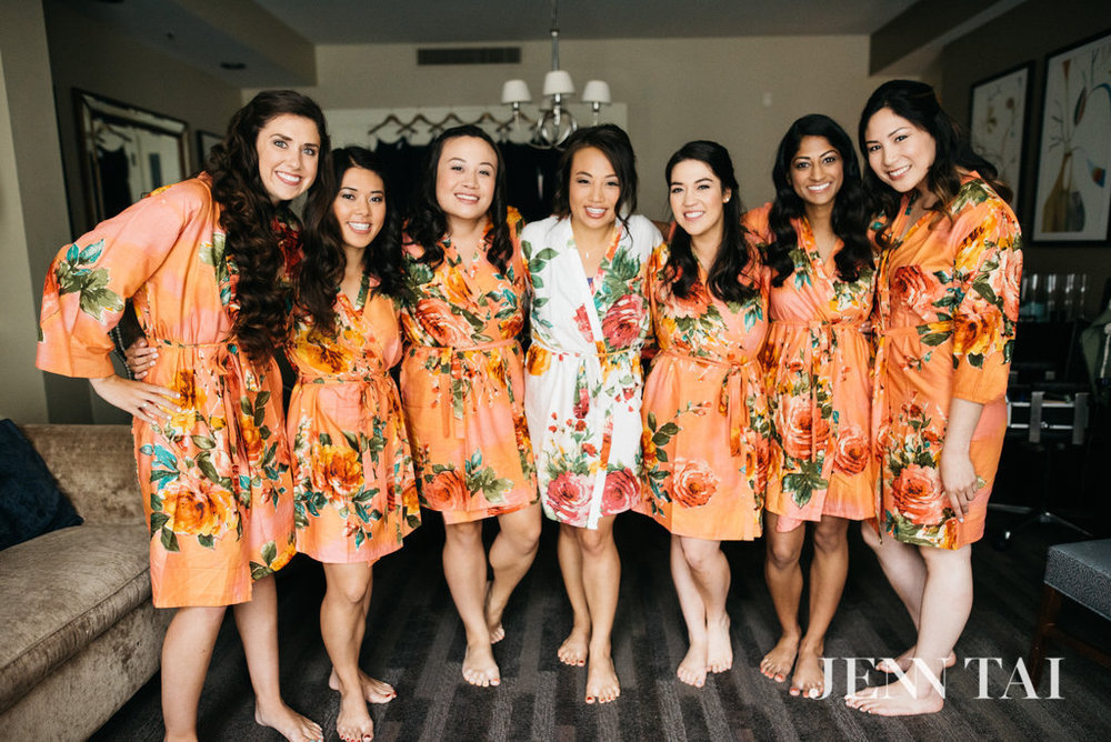 Bridesmaids Matching Robes | Peach Robes | Seattle Wedding Planner