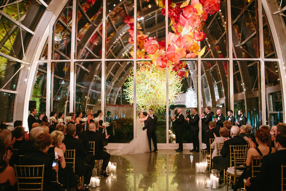 Modern Black White and Gold Wedding at Chihuly Garden and Glass by Seattle Wedding Planner New Creations Weddings
