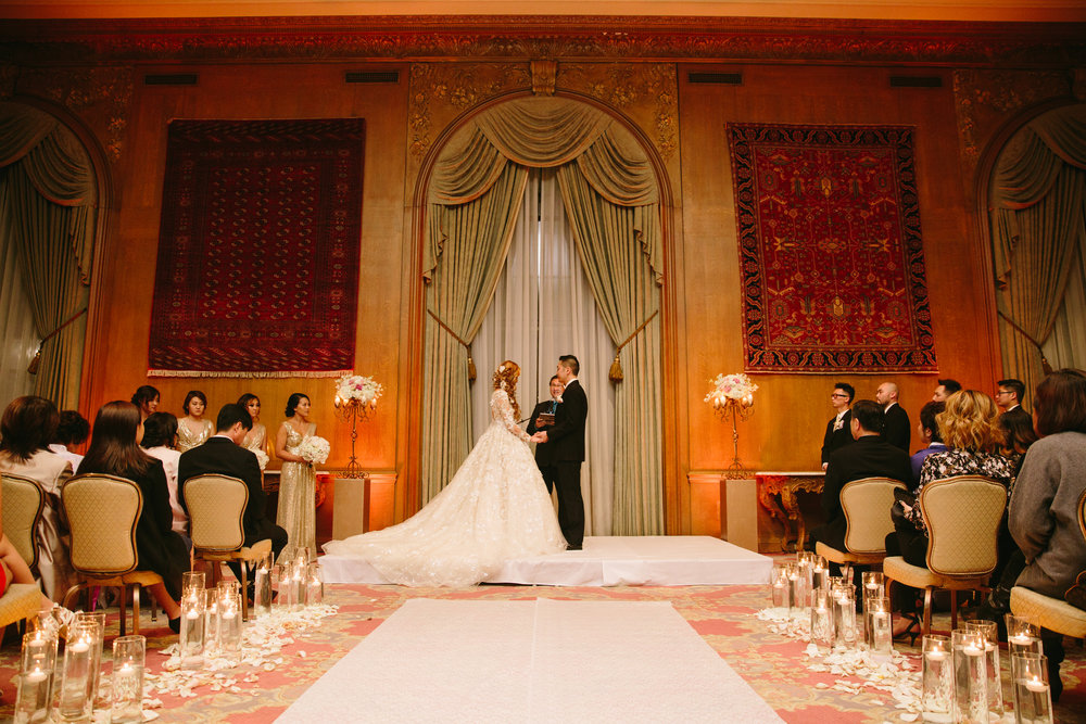 Stunning Ysa Makino Wedding Gown at the Fairmont Olympic Hotel in Seattle