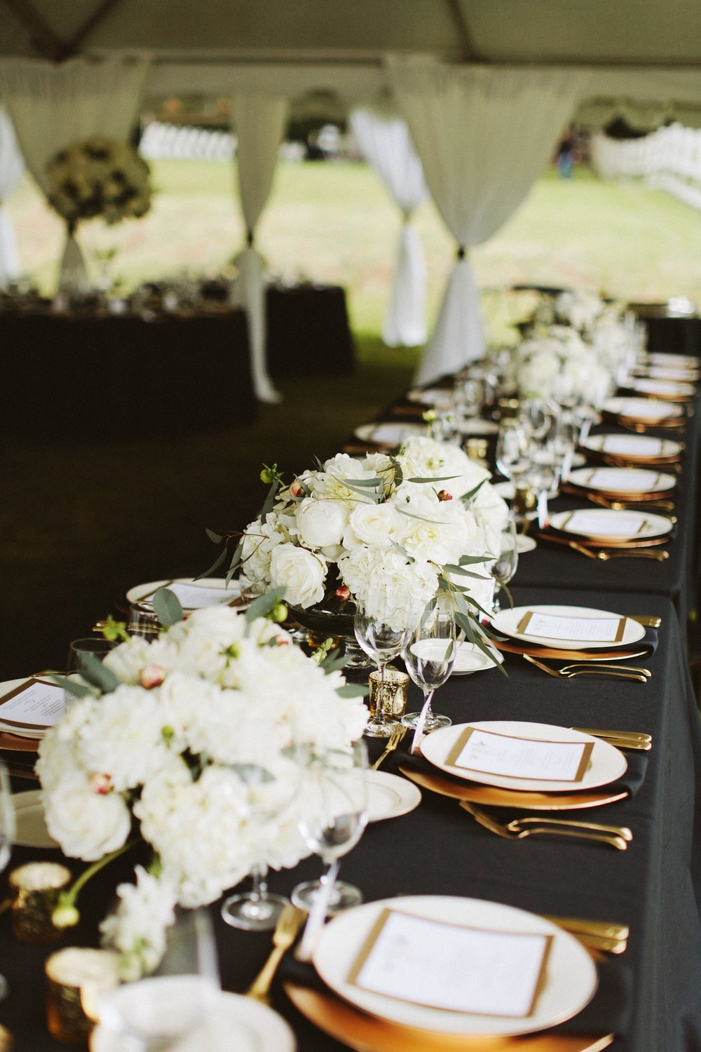 Elegant black, white and gold wedding day at DeLille Cellars