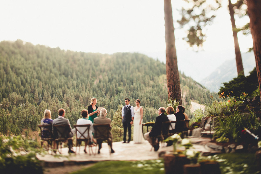Beautiful Rustic PNW Wedding in Leavenworth