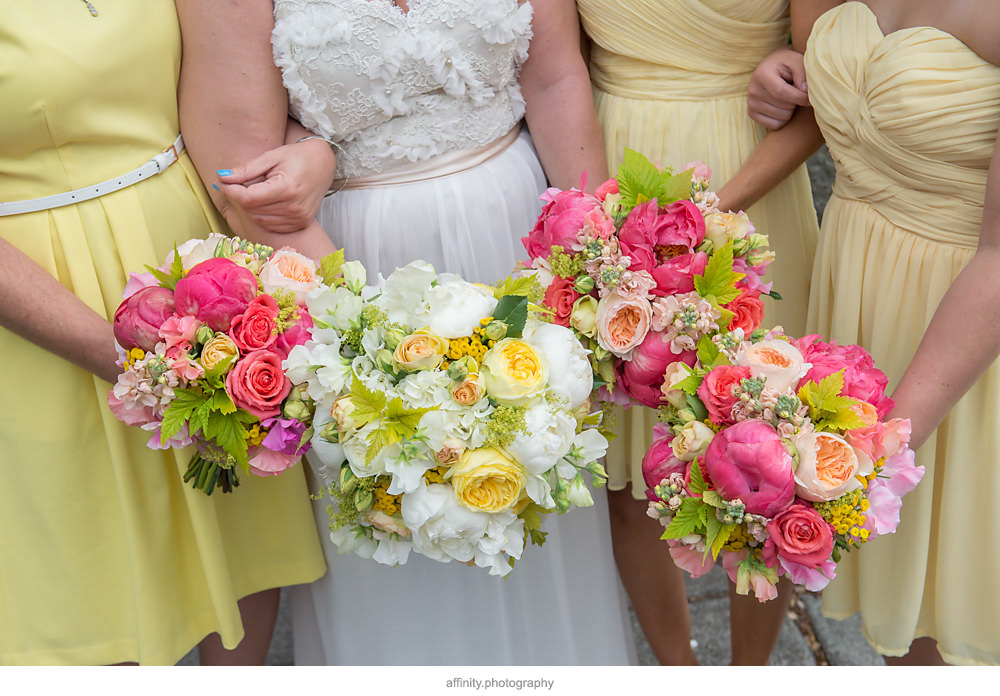 Vibrant Summer Yellow and White Bridal Bouquet at DeLille Cellars Wedding
