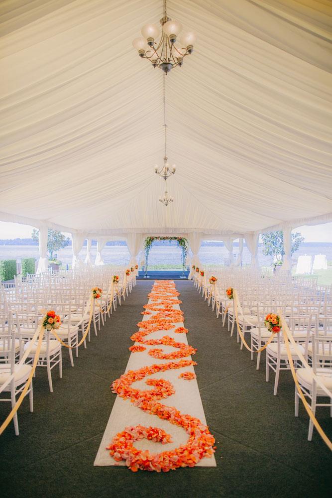 Lauren_matt_woodmark_071resized_seattle_wedding_planner.jpg