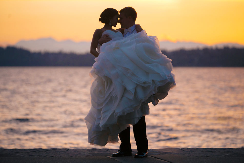 Romantic Sunset Photo at this Woodmark Hotel Wedding