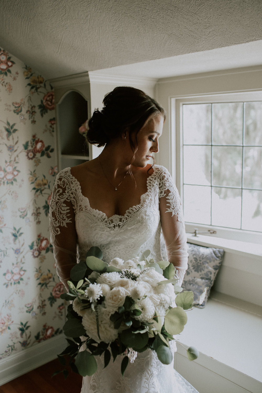 Bridal Portrait by Tony Asgari Photography at Laurel Creek Manor Wedding