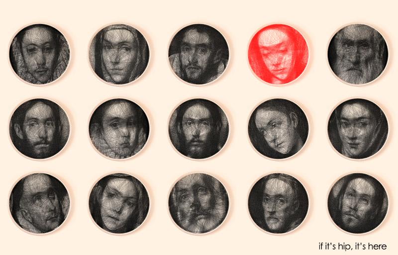 """""""Como é possível produzir um retrato complexo usando uma ferramenta tão simples de design? Será que nosso ambiente externo nos engana da mesma forma? Com a evolução da ciência, novas ferramentas nos provam que o mundo é muito mais complicado do que costumávamos pensar. Nossos sentidos nos apresentam apenas uma pequena porção da realidade. Nossos cérebros são cheios de falhas e ideias falsas, nossa experiência do mundo é incorreta e incompleta. O projeto desafia nossa pobre noção de realidade e serve de complemento para a nossa limitada visão do mundo. """" Foi com base neste conceito, de desafiar nossos sentidos e nos mostrar que as ferramentas mais simples podem enganar nossos cérebros e nos levar à resultados complexos, que o artista grego Petros Vrellis desenvolveu um projeto bastante incomum, que une o artesanato à tecnologia e se integra de forma perfeita às questões que enfrentamos hoje. É possível que ambos coexistam e se complementem? Neste caso, a resposta é afirmativa. O trabalho do artista começou com o desenvolvimento de um algoritmo, que criou padrões em cima dos quais fosse possível começar um trabalho com linha, semelhante ao bordado. As imagens escolhidas foram retratos do pintor espanhol El Greco. Em seguida, Vrellis passou o modelo para uma peneira de aço, em cima da qual começa a parte artesanal da obra. Milhares de metros de linha foram entrelaçados por cima da estrutura de metal, sem que a agulha efetivamente a penetrasse, mais um menos como uma cama de gato de proporções bem mais complexas. Apesar da ferramenta de design ser bastante limitada, a escolha foi proposital. O objetivo foi criar rostos reconhecíveis mas, de certa forma, borrados. Assim, um ar de mistério é conferido às expressões apresentadas, sem que saibamos ao certo qual é o sentimento expresso. Da mesma maneira que, muitas vezes, nossos sentidos mascaram a realidade de nossos olhos."""