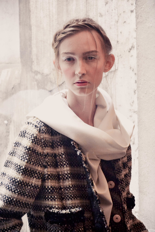 10 ( Julia veste vestido Pedro Lourenço e Casaco de Tweed Marc Jacobs.jpg