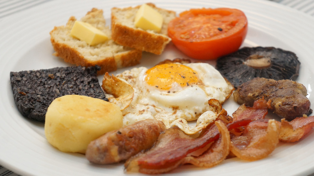 My Irish Breakfast! Gluten Free Toast, Fried Tomato, Mushroom Cap, Lamb Kidney, Back Rasher, Streaky Bacon, Potato Cake, Blood Pudding