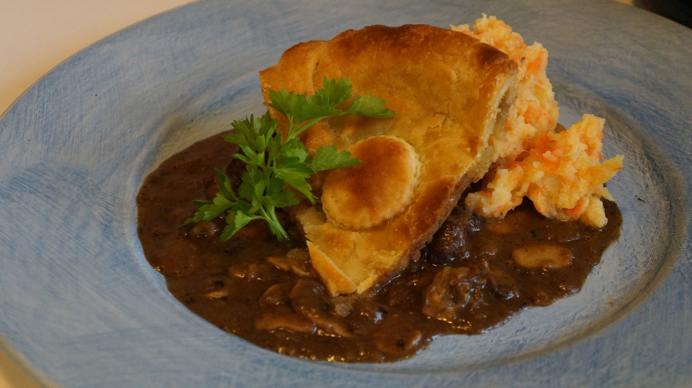 Beef & Oyster Pie
