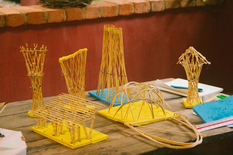 maquetes de estruturas de bambu