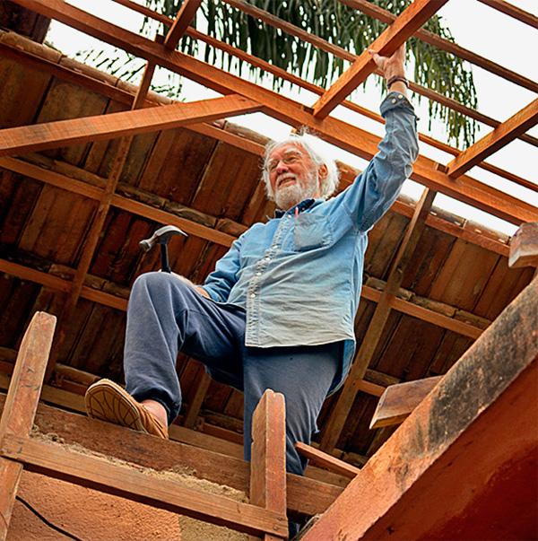 Durante sua carreira posterior, Johan projetou várias pousadas ecológicas ate um eco-clube para bombeiros. Esses projetos habitacionais usaram de seu vasto conhecimento o que torna uma casa realmente sustentável. -