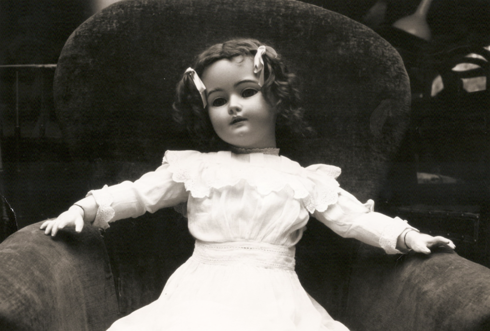 "Behind the scenes of Bob Kensinger's ""The Dolls"""