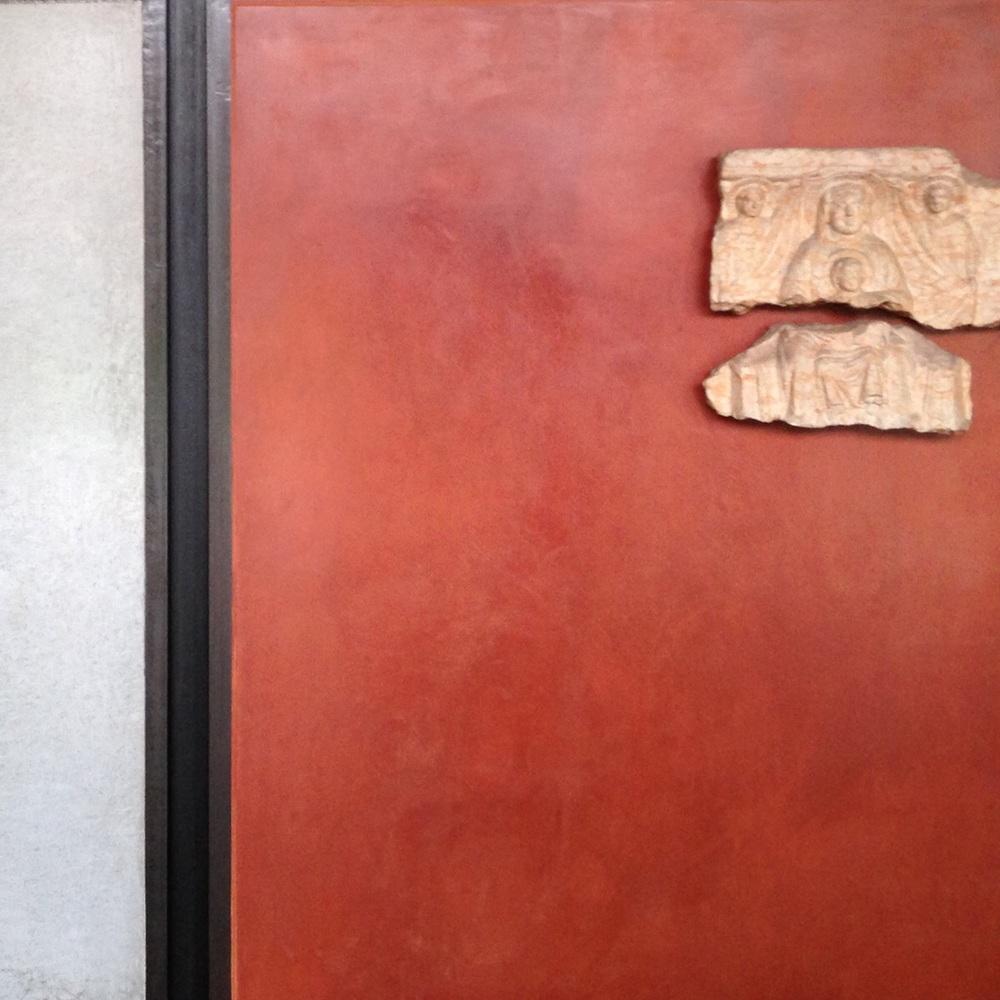 Plaster exhibition walls. castelvecchio museum, Verona. (Scarpa, restored 1973)