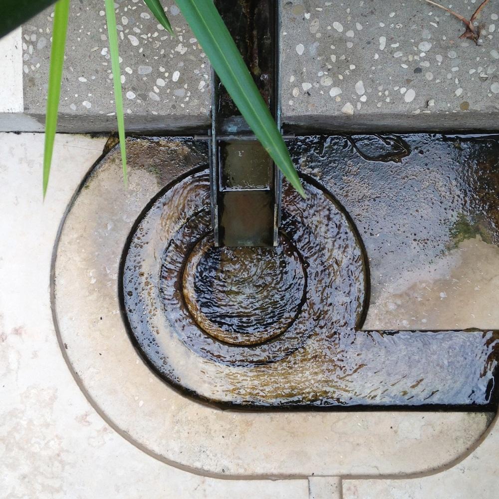 Water flow. The Fondazione Querini Stampalia, Venezia ( Scarpa 1969)