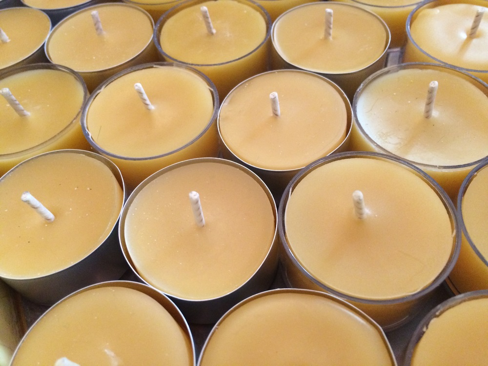 Pure Beeswax Candles Tea Lights.JPG