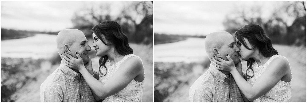 Corrales-Engagement-Photos_Corrales-Bosque-New-Mexico_Albuquerque-Engagement-Photographer_0007.jpg
