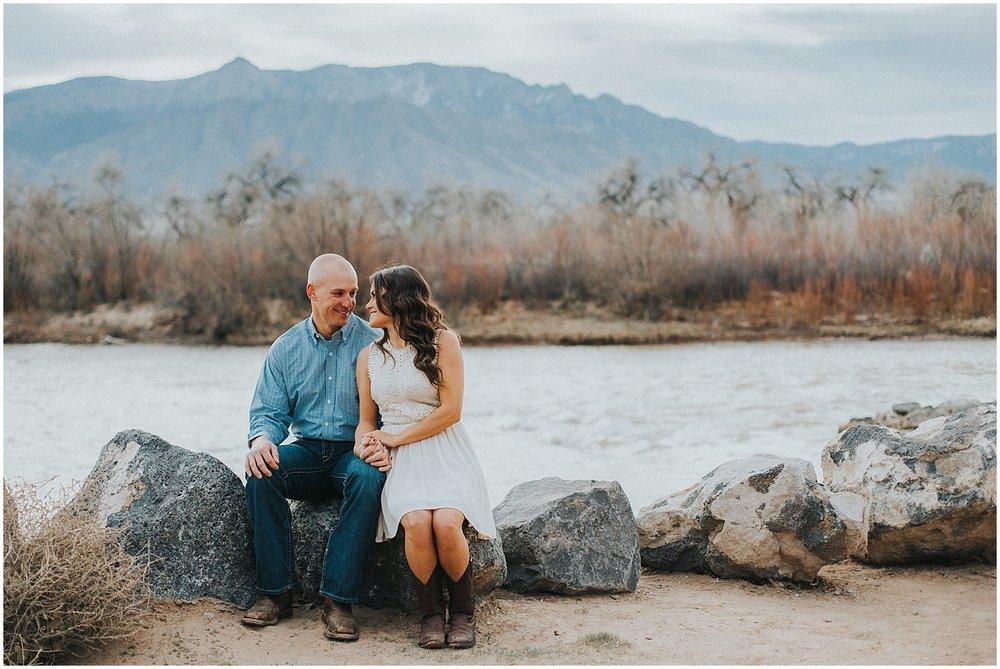 Corrales-Engagement-Photos_Corrales-Bosque-New-Mexico_Albuquerque-Engagement-Photographer_0008.jpg