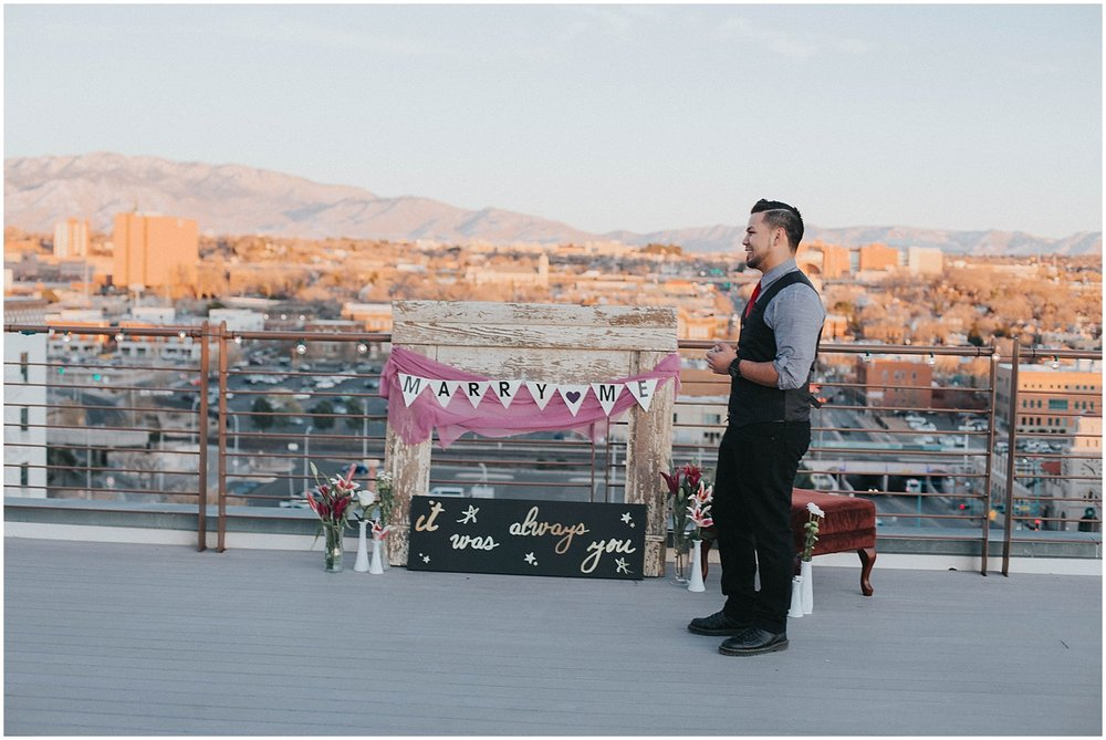 Banque-Lofts-Surprise-Proposal_Albuquerque-Banque-Lofts-Albuquerque-Wedding-Photographer_0006.jpg