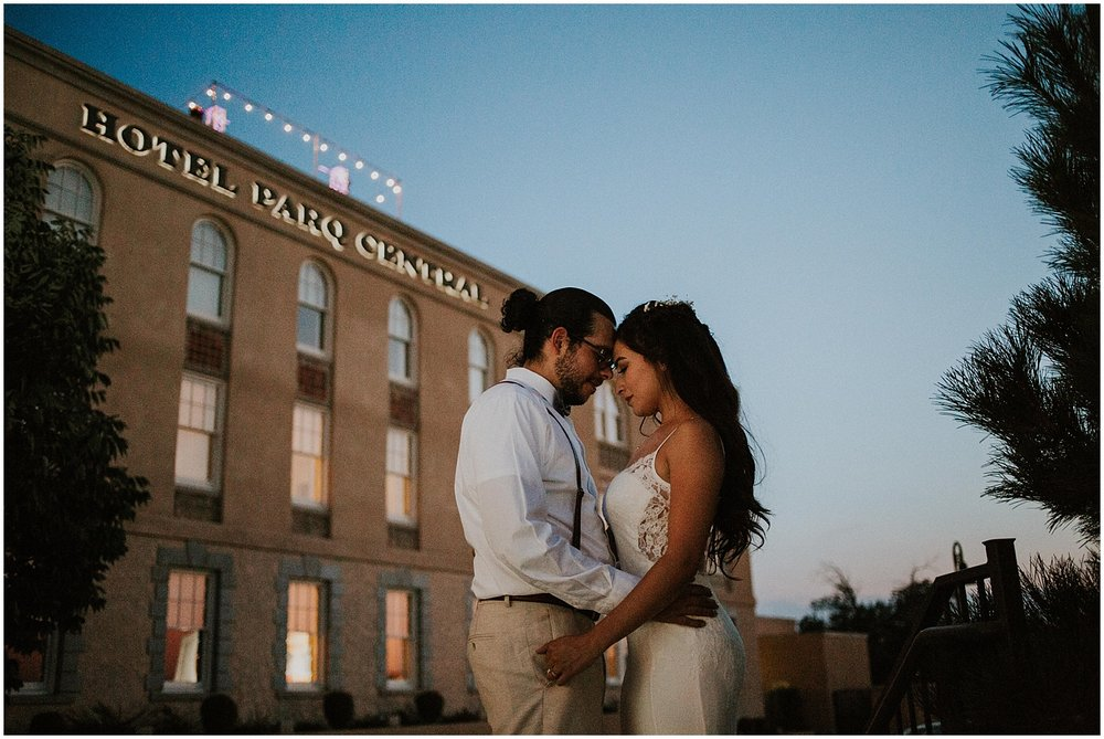 tamara-and-michael-romantic-hotel-parq-central-wedding-albuquerque-new-mexico_0038.jpg