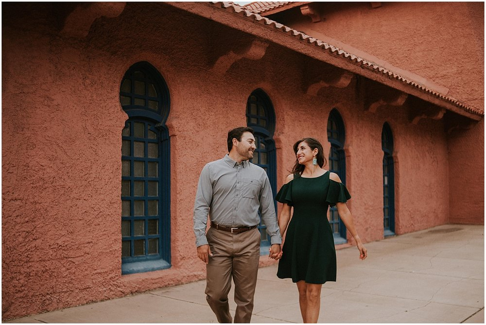 aurora-and-juan-romantic-downtown-santa-fe-engagement-photos_0004.jpg