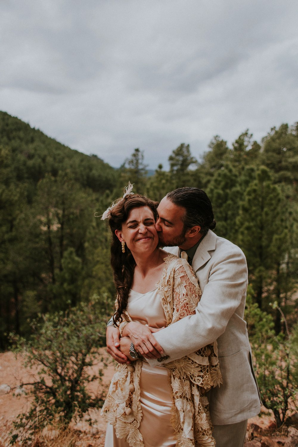 0000000000000000000063_Dwan-Light-Sanctuary-Wedding-Photos_Johnson-Mumford_Rainbow-Wedding_Montezuma-New-Mexico-Wedding-Photography-57.jpg