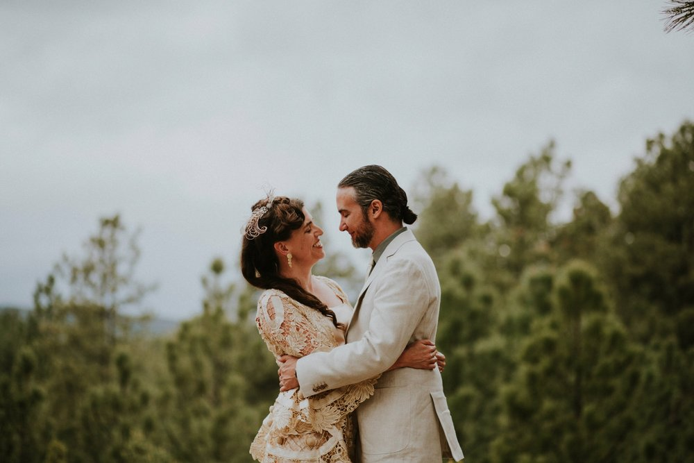 0000000000000000000077_Dwan-Light-Sanctuary-Wedding-Photos_Johnson-Mumford_Rainbow-Wedding_Montezuma-New-Mexico-Wedding-Photography-48.jpg