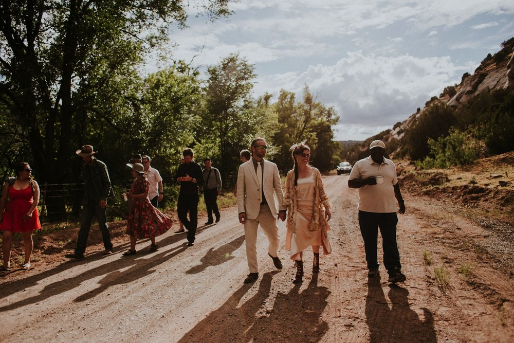 0000000000000000000125_Dwan-Light-Sanctuary-Wedding-Photos_Johnson-Mumford_Rainbow-Wedding_Montezuma-New-Mexico-Wedding-Photography-133.jpg