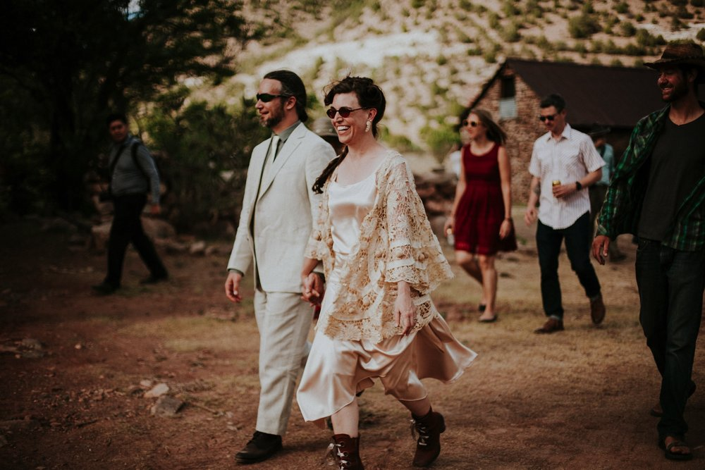 0000000000000000000131_Dwan-Light-Sanctuary-Wedding-Photos_Johnson-Mumford_Rainbow-Wedding_Montezuma-New-Mexico-Wedding-Photography-214.jpg