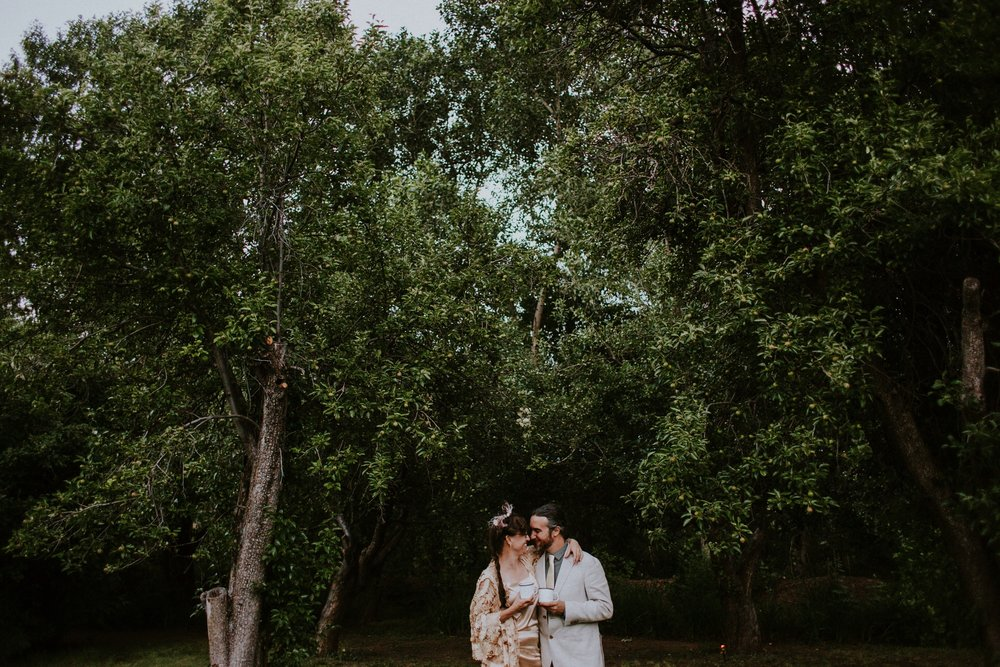 0000000000000000000192_Dwan-Light-Sanctuary-Wedding-Photos_Johnson-Mumford_Rainbow-Wedding_Montezuma-New-Mexico-Wedding-Photography-179.jpg
