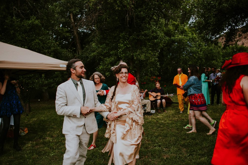 0000000000000000000200_Dwan-Light-Sanctuary-Wedding-Photos_Johnson-Mumford_Rainbow-Wedding_Montezuma-New-Mexico-Wedding-Photography-190.jpg