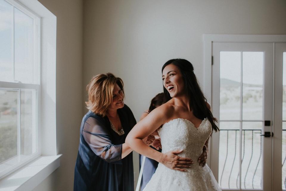 00000000000000000000011_Sandia-Mountains-backyard-wedding_Schaad_Albuquerque-Wedding_Albuquerque-New-Mexico-Wedding-Photographer-31.jpg