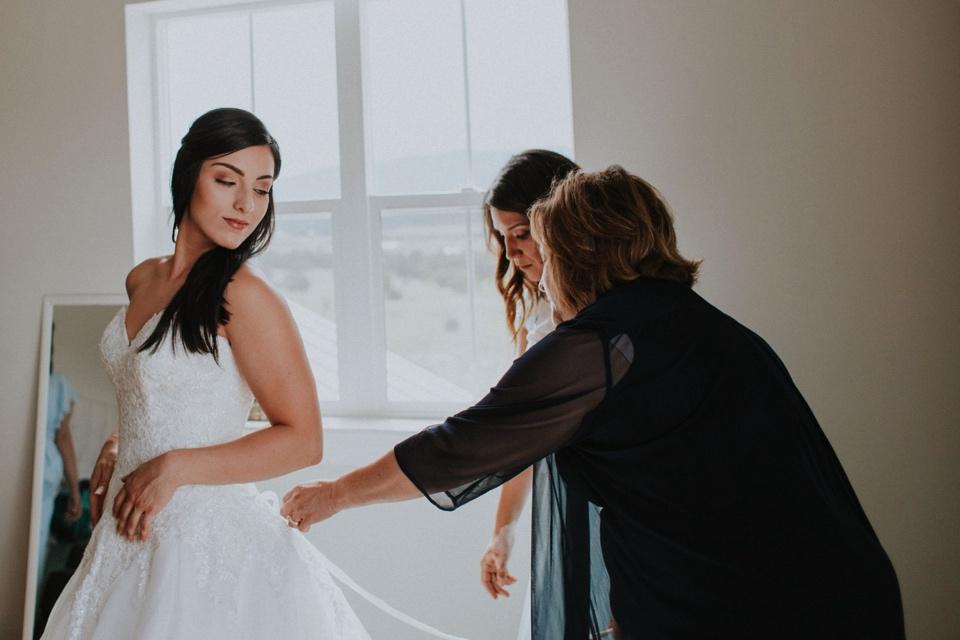 00000000000000000000017_Sandia-Mountains-backyard-wedding_Schaad_Albuquerque-Wedding_Albuquerque-New-Mexico-Wedding-Photographer-42.jpg