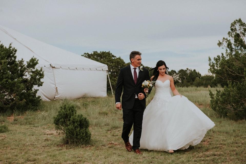 00000000000000000000087_Sandia-Mountains-backyard-wedding_Schaad_Albuquerque-Wedding_Albuquerque-New-Mexico-Wedding-Photographer-109.jpg