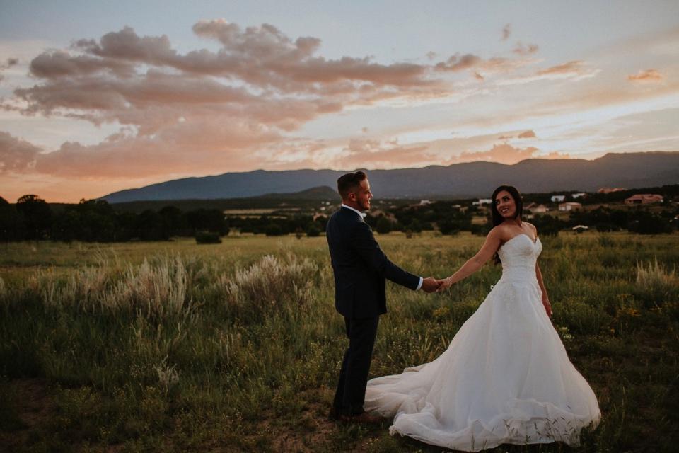 00000000000000000000160_Sandia-Mountains-backyard-wedding_Schaad_Albuquerque-Wedding_Albuquerque-New-Mexico-Wedding-Photographer-215.jpg