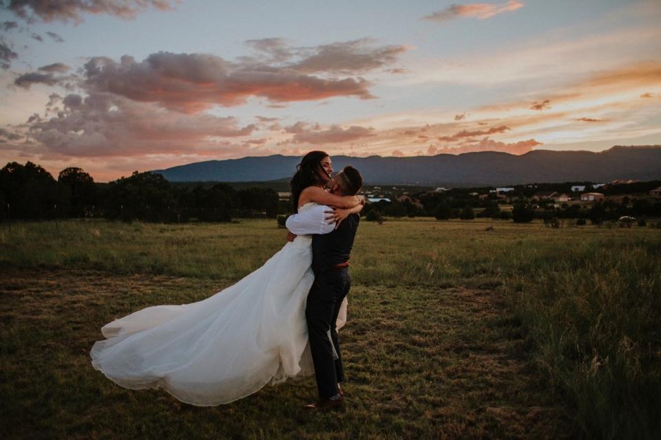 00000000000000000000164_Sandia-Mountains-backyard-wedding_Schaad_Albuquerque-Wedding_Albuquerque-New-Mexico-Wedding-Photographer-221.jpg