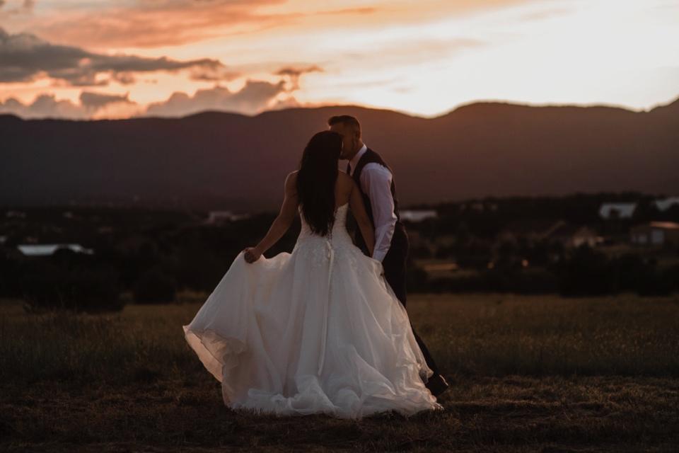 00000000000000000000168_Sandia-Mountains-backyard-wedding_Schaad_Albuquerque-Wedding_Albuquerque-New-Mexico-Wedding-Photographer-209.jpg