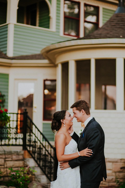0000000000073_wedgewood-tapestry-house-wedding-photos_felton_tapestry-house-wedding-and-event-center-laporte-fort-collins-colorado-photographer-124.jpg