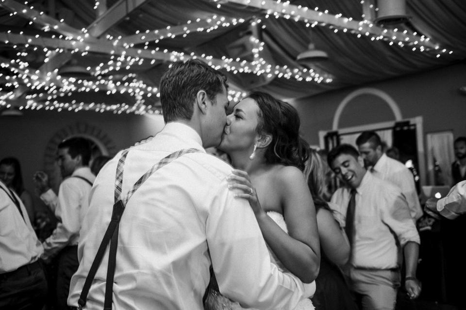 0000000000109_wedgewood-tapestry-house-wedding-photos_felton_tapestry-house-wedding-and-event-center-laporte-fort-collins-colorado-photographer-133.jpg