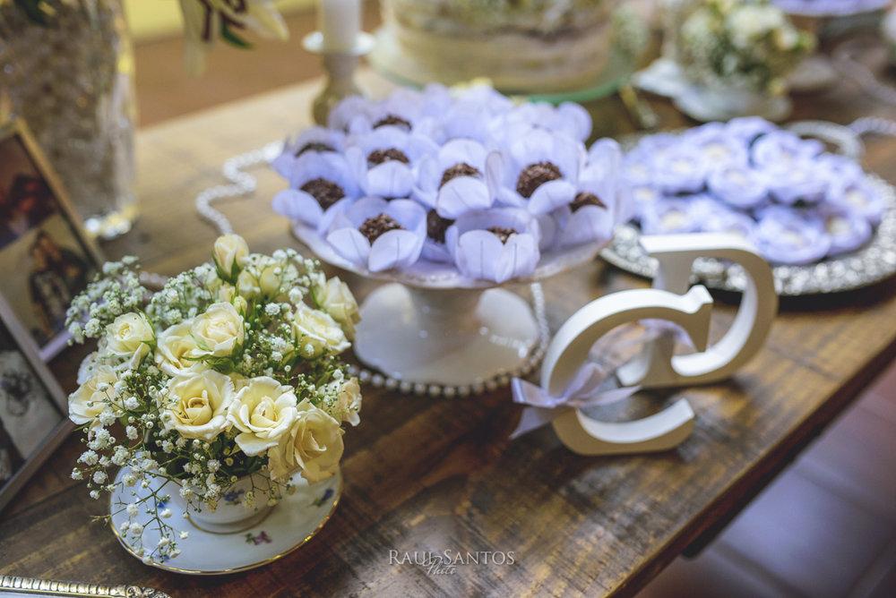 Fiori e dolci della festa