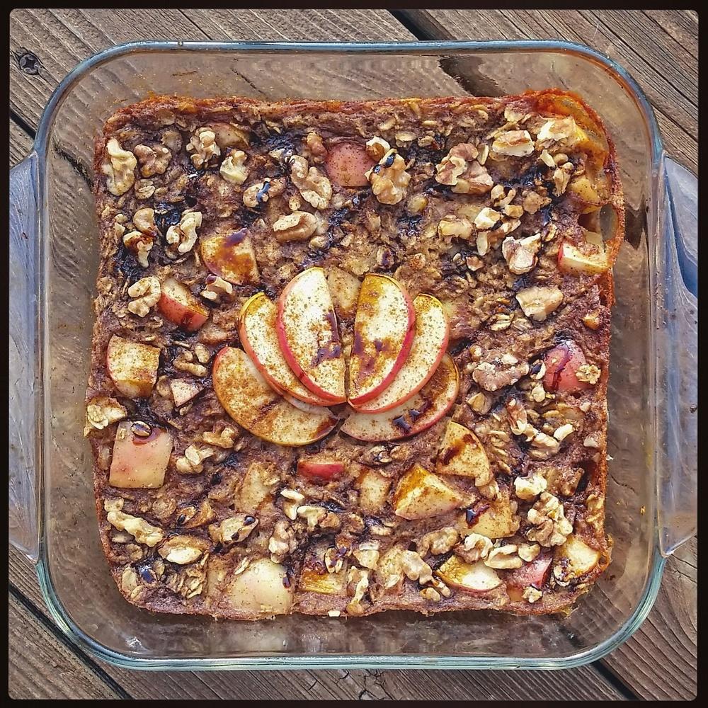 Cinnamon Apple Baked Oatmeal.jpg