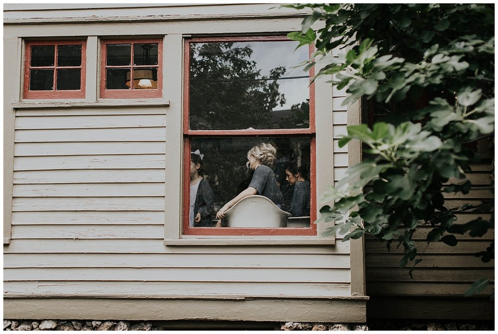 Madalynn Young Photography | Sarah Catherine + Will | Bridge Street Gallery and Loft | Atlanta Wedding Photographer_0028.jpg