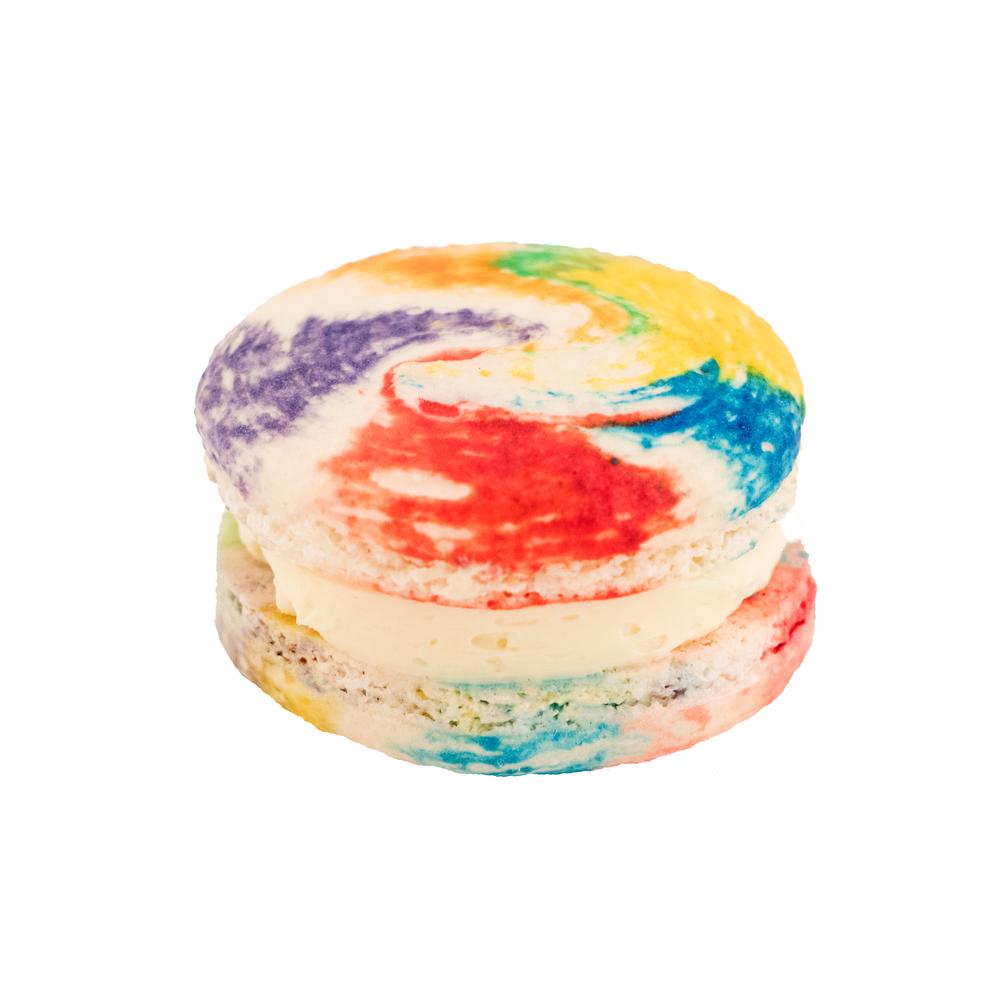 vanilla rainbow macaron.png