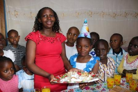 Jackie celebrated 10 years with her first birthday party and the the whole neighborhood was invited.