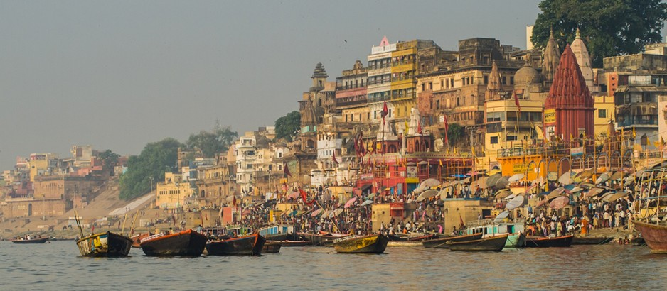 Witnessing Ganga Aarti at the Ghats in Varanasi is once in a lifetime experience.