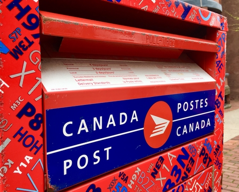 Canada Post dreamstime_xs_118255640.jpg