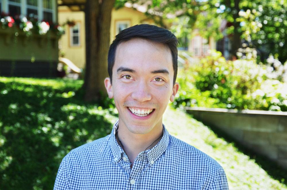 Tyler_Headshot1.jpg