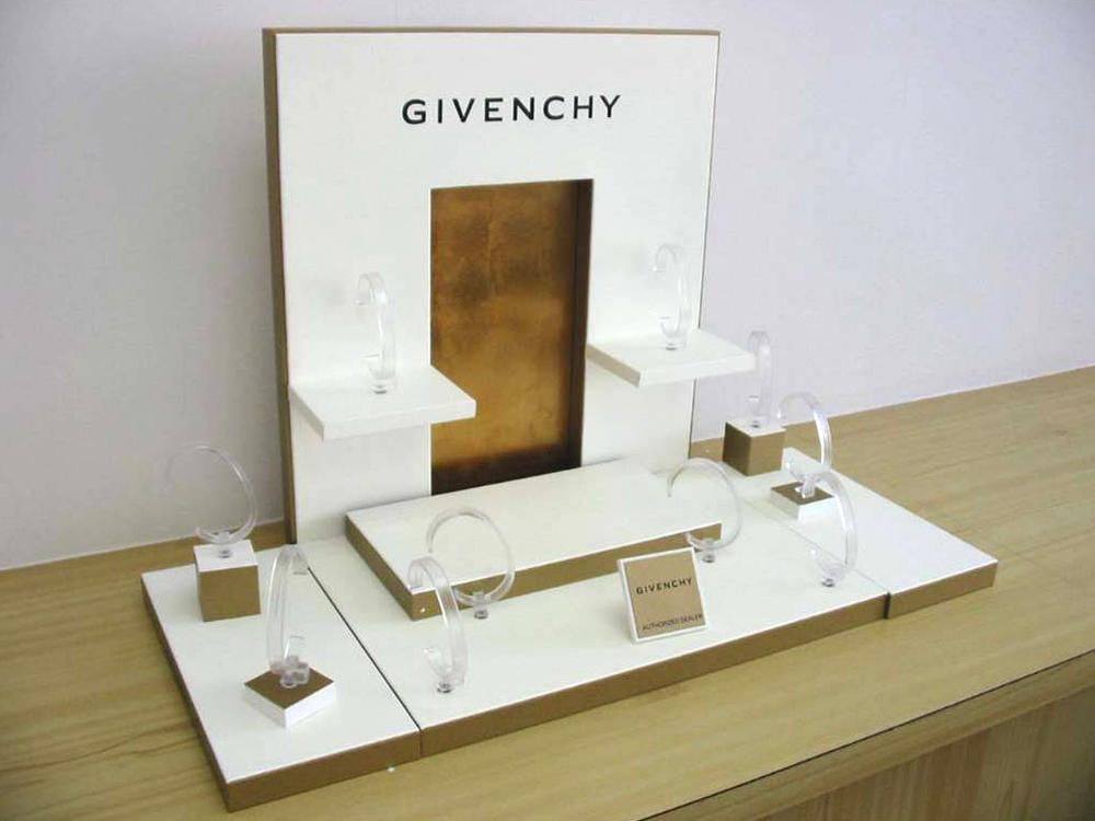 Givenchy 1.jpg